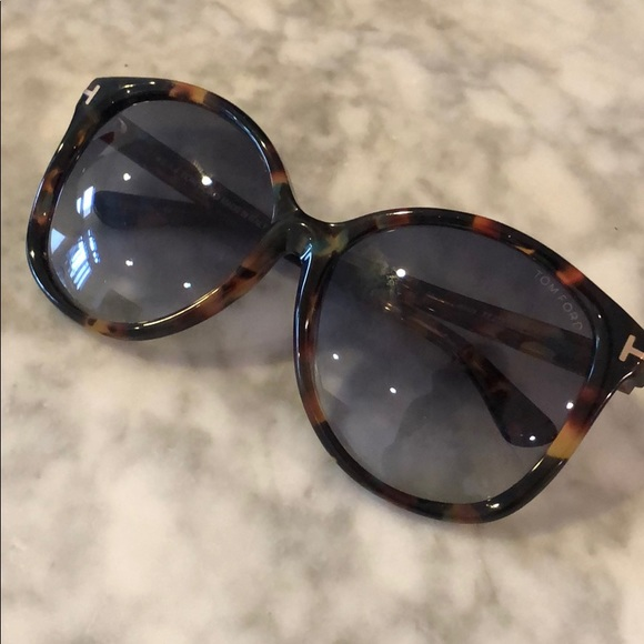 Tom Ford Accessories   Sunglasses Tortoise Shell Firm Price   Poshmark abf0afc1a6e